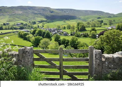 burnsall village and gate