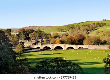 burnsall village in the yorkshire dales