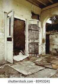burnt house  urban decay