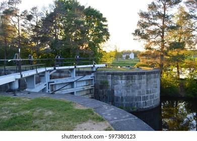 Burritt's Rapids Lock 17 of Rideau Canal UNESCO World Heritage site (public domain)
