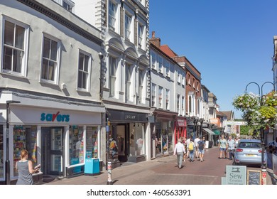 Bury St Edmunds/UK. 18th July 2016. The streets and lanes of the town centre of Bury St Edmunds on a warm day. Many tourists arrive to see the rich history of the Abbey Gardens and Cathedral.