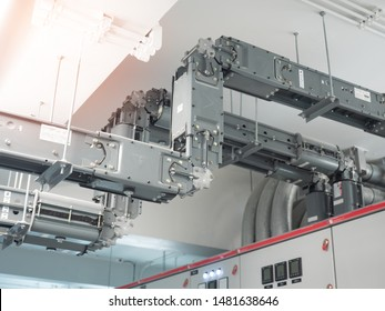 busbar trunking system, the electrical power component installed in the building for high power conductor purpose