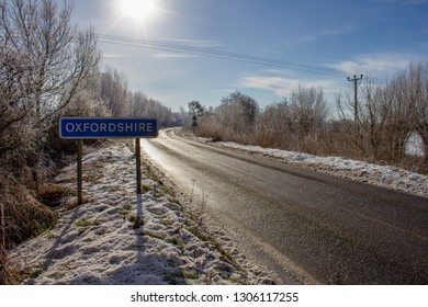 BUSCOT, UNITED KINGDOM - FEBRUARY 03: Heavy snowfall overnight in the UK pictured alongside roads near the River Thames on February 3rd, 2019 in Buscot, Oxfordshire, UK