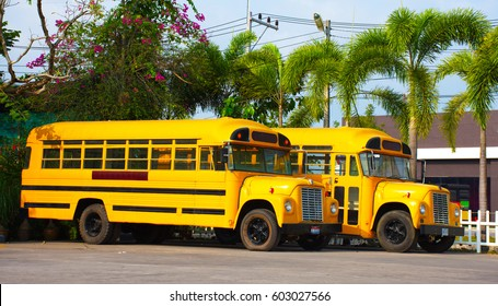 Buses pick up students in the olden days.