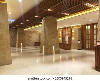 business building lobby, seoul, korea, july 2019