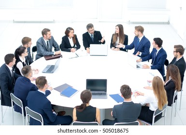 Reunion Table Ronde Images Stock Photos Vectors Shutterstock