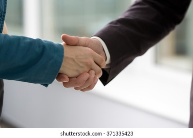 business handshake business partners