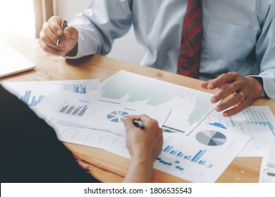 Business investor meeting in conference room, Financial concept.