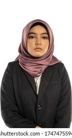 Business Lifestyle, Femme mignonne malaise portant hijab, arrière-plan isolé