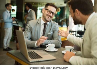 Geschäftstreffen in einem Café