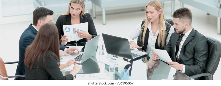 Business people collaborating at the  table