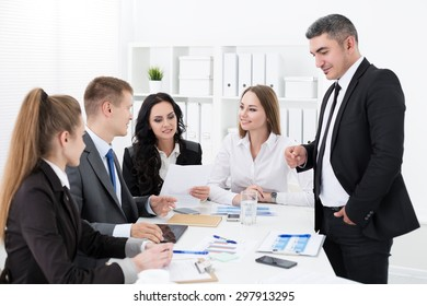 Business people meeting in office to discuss project