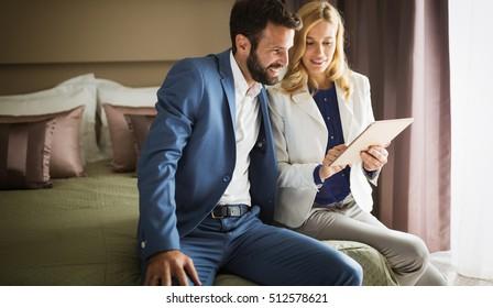 dating cyrano agency