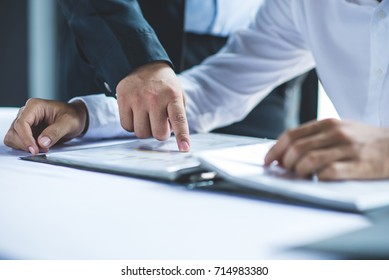 Business People teach New employee Meeting Corporate Teamwork