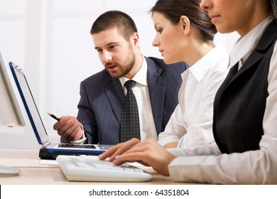 Business people team working in the office with laptop