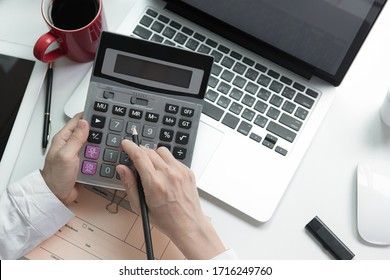 business people working in modern office calculating financial in company, problem and solution concept.