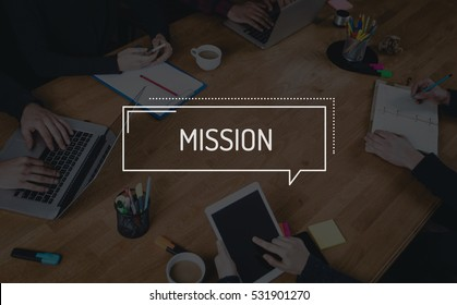 BUSINESS TEAMWORK WORKING OFFICE BRAINSTORMING MISSION CONCEPT