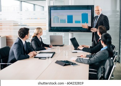 Business training lecture meeting report in conference room