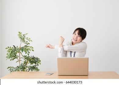 Business women who stretch