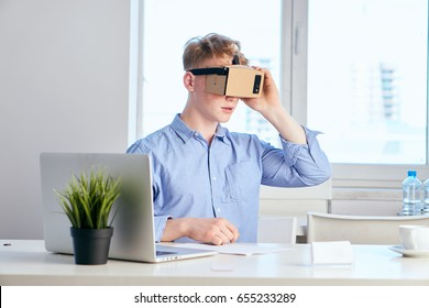 Businessman in 3d glasses