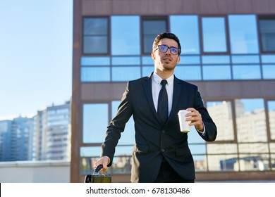 Businessman hurrying up for appointment