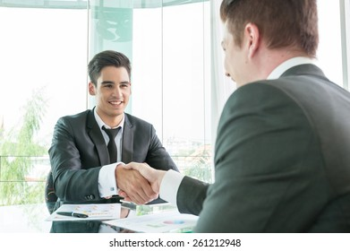 Businessman shaking hand, business situation