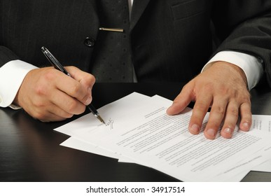 The businessman the signing contract