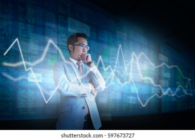 Businessmen are analyzing trading in the capital market.