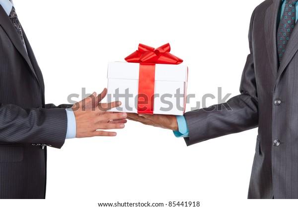 白い背景にビジネスマンがギフトボックスを贈る、シリーズの写真