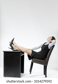 9517f0c4b240d6 Businesswoman dreaming