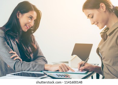 Businesswoman giving advice to customer. Business advicer service concept.