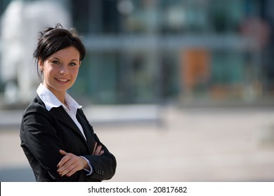 businesswoman portrait horizontal view