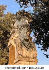 bust site in villa borghese rome