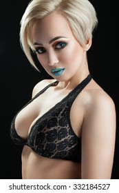 Think, that Busty platinum blonde not pay