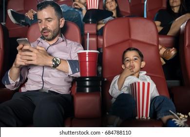 Movie Theater video di sesso