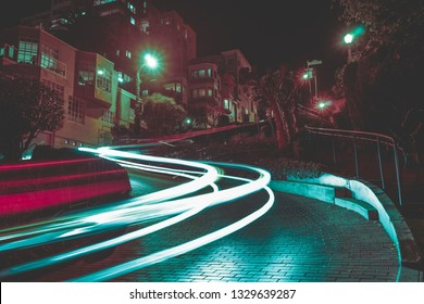 Busy Streets at Lombard Street
