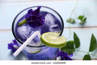 Butterfly pea juice with lemon cool top view