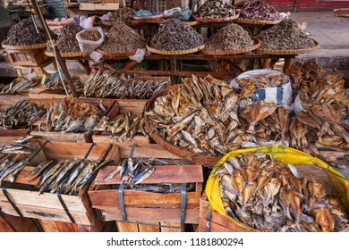 Buwad, bulad, dried fish, art of drying fish, Filipino food, Cebu City, Philippines,