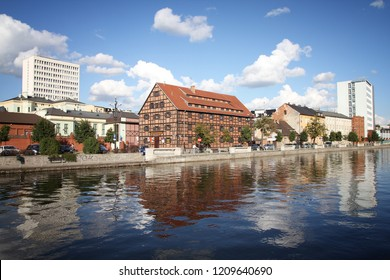 BYDGOSZCZ, POLAND - SEPTEMBER 4, 2010: People visit riverfront in Bydgoszcz. Bydgoszcz is the capital of region Kujawsko-Pomorskie visited by 2.25m tourists annually (2008).