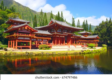 Byodo-In Temple, Valley of the Temples, Oahu, Hawaii