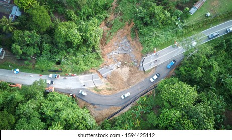 The Bypass Road at Jalan Kiulu - Tamparuli, Tuaran, Sabah was completed by Jabatan Kerja raya (JKR in less 24 hours after the collapse road incident on December 10, 2019.