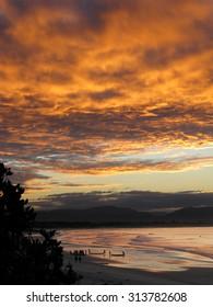 Byron Bay Beach Sunset Australia - Kayaks and Mountains