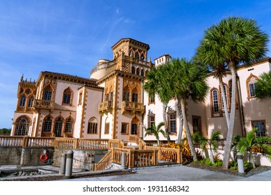 Ca' d'Zan is a Venetian Gothic revival residence in Sarasota, Florida, adjacent to the Sarasota Bay.The residence was the winter home of the American circus owner, developer and art collector John Rin