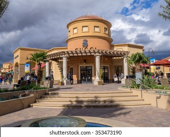 CABAZON, CA - NOV 2015: Desert Hills Premium Outlet Mall on November 15, 2015 in Cabazon California. Desert Hills Premium Outlet Mall is prime destination for tourists visting Palm Springs.