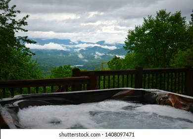 Cabin Hot Tub in Bryson City, North Carolina