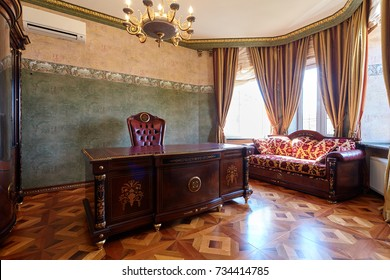Cabinet with desktop