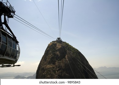 Cable car ride up to the summit of Sugarloaf Mountain