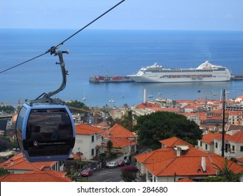 A cablecar in Funchal / Madeira (Portugal)...