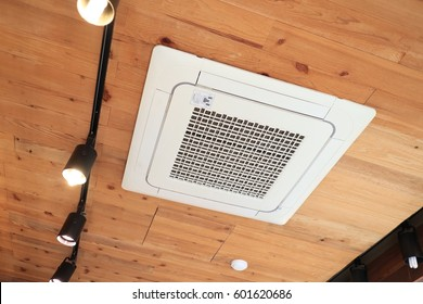 Cafe Ceiling mounted air conditioner