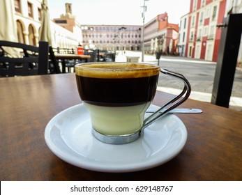 Cafe Bombón (espresso+condensed milk) in Badajoz, Spain